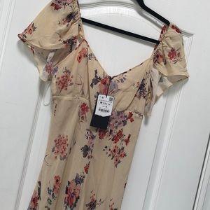 Zara NWT maxi dress size M